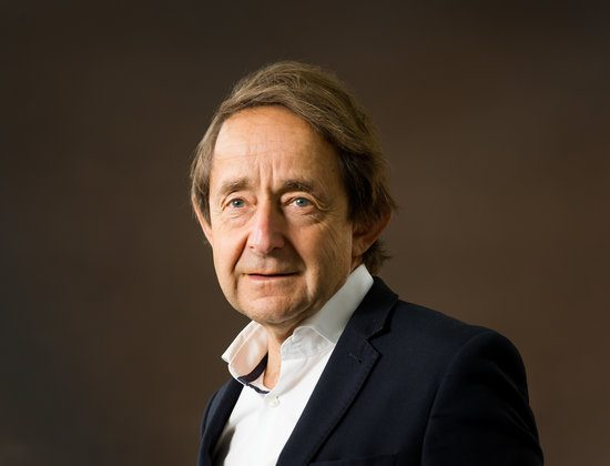 Sir Anthony Seldon Calls For 'Wellbeing League Table' in Schools
